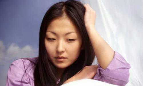 Tôi mệt mỏi khi phải gồng mình lo mọi việc mà chồng còn cặp bồ