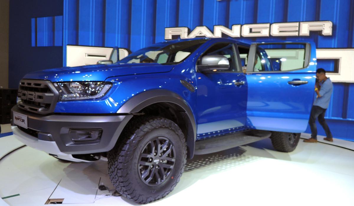 Ford Ranger Raptor 2019 giá 1,2 tỷ đồng tại Việt Nam