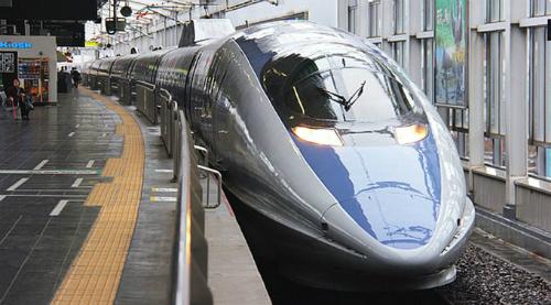 Tàu Shinkansen ở Nhật Bản. Ảnh: Japantourist/Kyotostation
