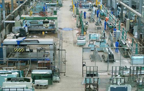 Áp dụng công cụ 5S từng vị trí làm việc của nhà máy đều phải gọn gàng, ngăn nắp. Ảnh: Quân Nguyễn.