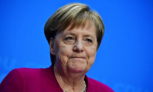 Thủ tướng Merkel trong cuộc họp đảng CDU hôm 29/10. Ảnh: AFP.