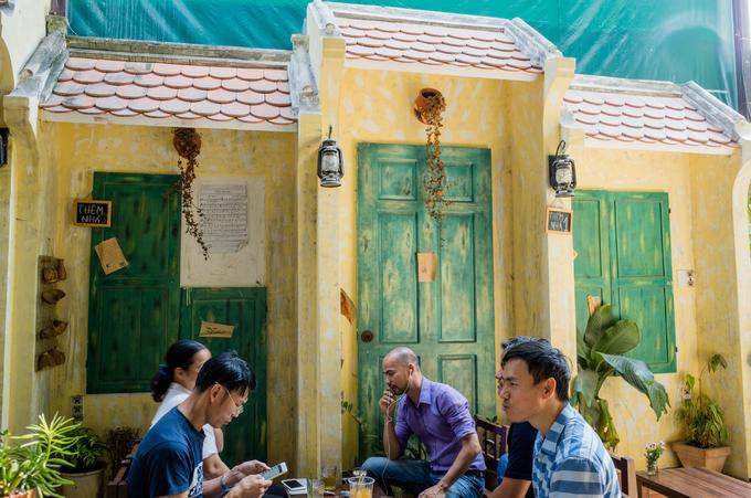 Không gian Hà Nội xưa trong quán cà phê ở Sài Gòn