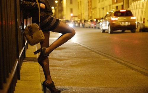 Nhiều đại học áp dụng quy định của Bộ Giáo dục về xử lý sinh viên bán dâm