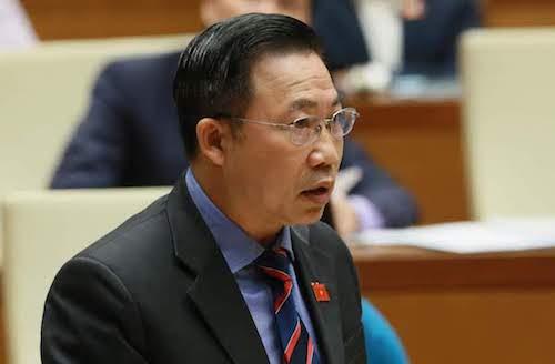 Đại biểu Lưu Bình Nhưỡng phát biểu tại Quốc hội. Ảnh: Ngọc Thắng