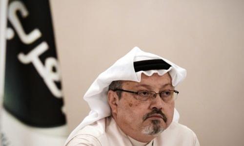 Jamal Khashoggi trong một cuộc họp báo ở Manama, thủ đô Bahrain, hồi năm 2014. Ảnh AFP.
