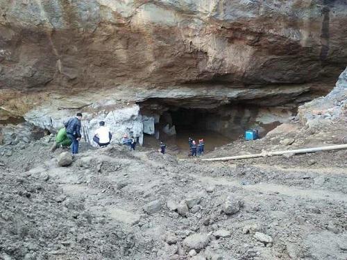 Mỏ vàng khai thác chui sập ở Hòa Bình. Ảnh: Hongbienhoabinh