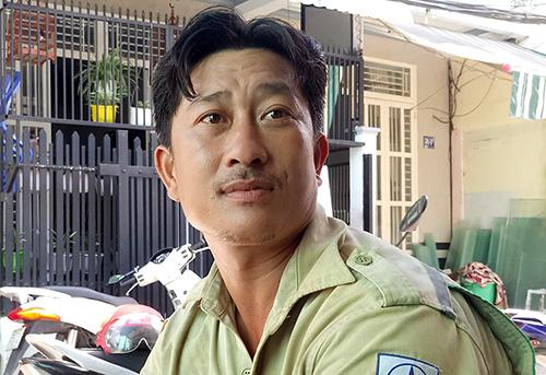 Thợ điện Nguyễn Cà Rê. Ảnh: Cửu Long