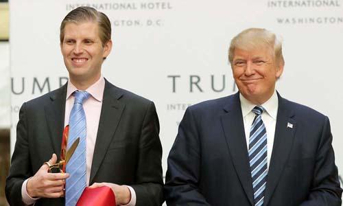 Con trai Trump noi Obama 'tranh cong' voi bo minh