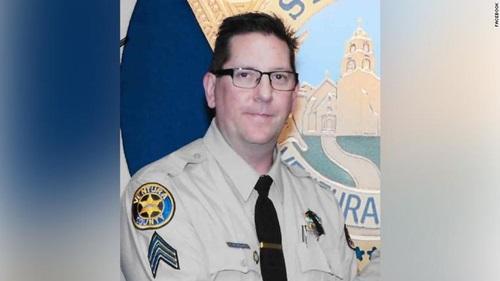 phó cảnh sát trưởng hạt Ventuna Ron Helus, người thiệt mạng trong vụ xả súng: Ảnh: CBC.