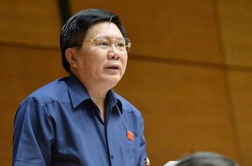 Đại biểu Cao Đình Thưởng phát biểu tại Quốc hội. Ảnh: Trung tâm thông tin Quốc hội
