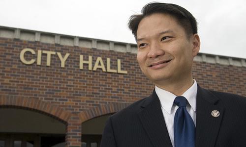 Thị trưởng Westminster Trí Tạ, người tuyên bố tái đắc cử