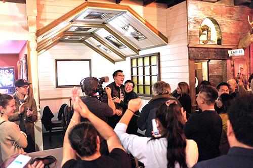Người ủng hộ chúc mừng chiến thắng của ông Joe Nguyễn tối 6/11. Ảnh: Northwest Asian Weekly