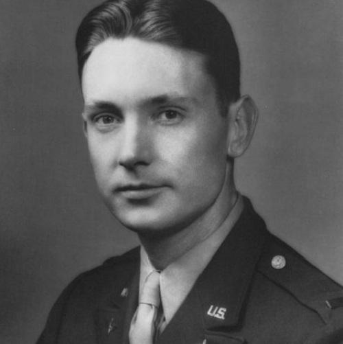 Phi công Mỹ bị thương vẫn cố lái oanh tạc cơ cứu đồng đội năm 1944 - ảnh 2