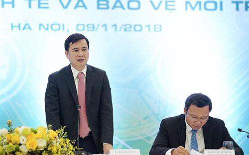 Thứ trưởng Bùi Thế Duy phát biểu tại hội thảo.