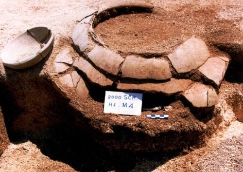 Mộ nồi của cư dân Sa Huỳnh được phát hiện ở Suối Chỉnh, Lý Sơn. Ảnh: Đoàn Ngọc Khôi.
