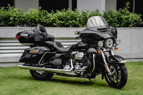 Moto khung Harley-Davidson Ultra Limited gia gan 15 ty