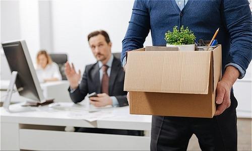 Công ty lớn mạnh nhưng tôi vẫn nghỉ việc vì sếp hắt hủi - đúng hay sai? -