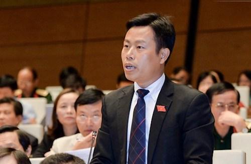 Thứ trưởng Lao động Lê Quân tại Quốc hội. Ảnh: Trung tâm thông tin QH