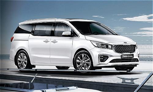 Khách hàng ký hợp đồng mua xe Sedona 2018 trong tháng 11 sẽ nhận quà tặng là camera hành  trình cao cấp