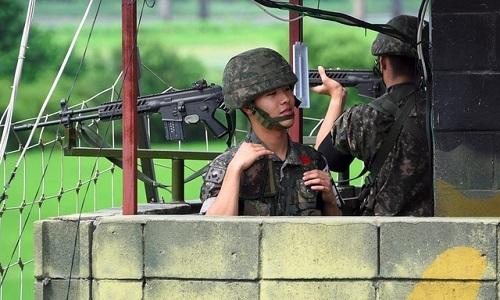 Lính Hàn Quốc ở biên giới Triều Tiên chết do đạn bắn vào đầu -