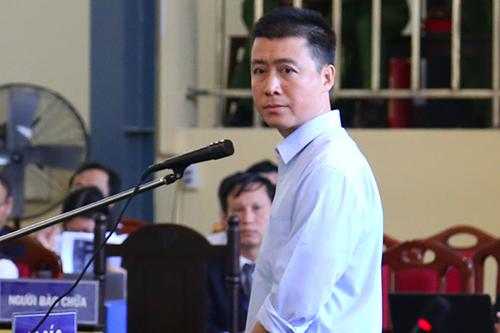 Phan Sào Nam trong phiên tòa sáng 19/11. Ảnh: Phạm Dự