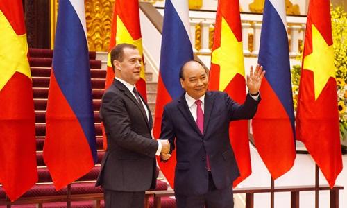 Lãnh đạo hai nước chụp ảnh chung trước khi bước vào hội đàm. Ảnh: Giang Huy.