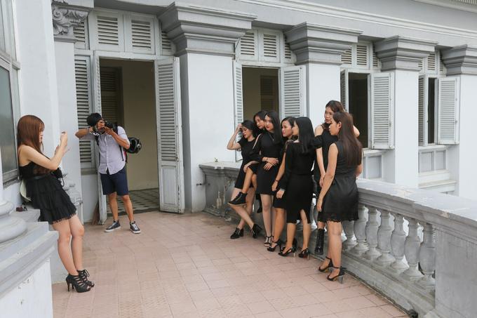 Tòa nhà hơn trăm tuổi thành điểm 'sống ảo' của giới trẻ Sài Gòn