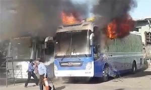 Hai xe khách trong bến xe Đà Nẵng cháy trơ khung