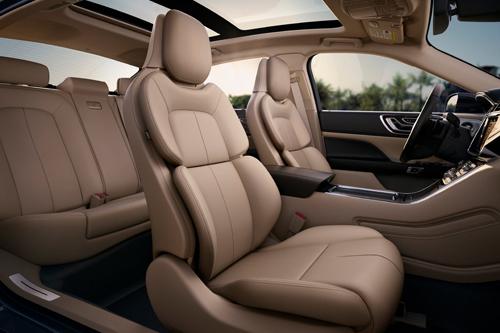 Sau vô lăng - Chế tạo ghế - chi phí tốn kém bậc nhất khi sản xuất ô tô