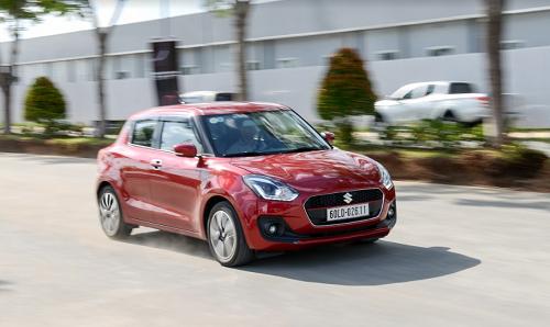 Suzuki Swift thế hệ mới tại một sự kiện chăm sóc xe tại Hà Nội hồi giữa tháng 11/2018.