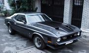 Dân chơi Sài Gòn phục chế Mustang cổ, thay hơn 1.000 chi tiết