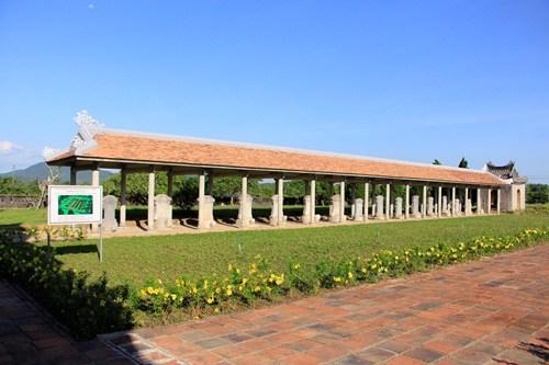 Văn Miếu, nơi đặt bia tiến sĩ của những người đỗ đạt dưới triều Nguyễn. Ảnh: Võ Thạnh