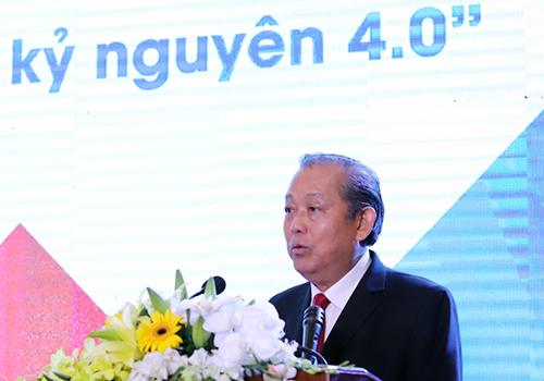 Phó thủ tướng Trương Hoà Bình phát biểu khai mạc diễn đàn Trí thức trẻ. Ảnh: Nguyễn Đông.
