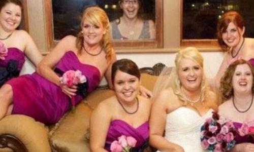 Những khoảnh khắc ''cười ra nước mắt'' trong đám cưới -