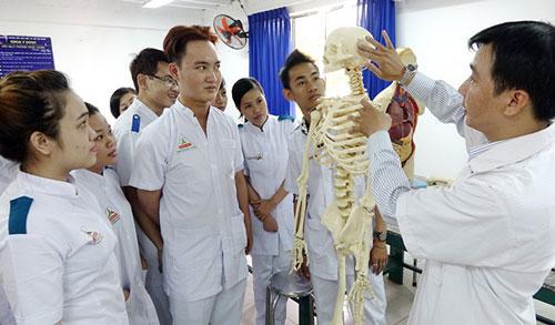 Sinh viên trường Cao đẳng Đại Việt Sài Gòn trong giờ thực hành. Ảnh: daivietsaigon.edu.vn