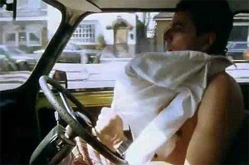 10 thói quen nguy hiểm khi lái xe - 6