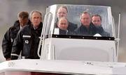Bush 'cha' từng lái tàu cao tốc chở Putin khi 83 tuổi