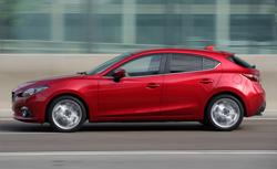 Mazda3 1.5AT HB