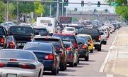 Ảo giác xe đi lùi - bệnh thường gặp của tài xế