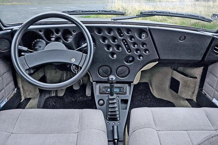 Thú chơi xe - Những kiểu vô-lăng xe hơi lạ mắt nhất thế giới (Hình 2).