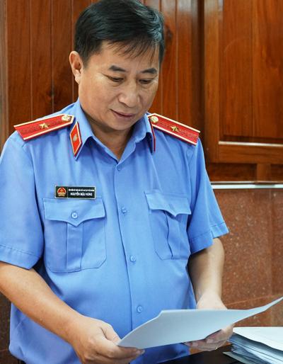 Đại diện VKS đề nghị tòa bác toàn bộ kháng cáo của ông Bình và đồng phạm. Ảnh: Kỳ Hoa.