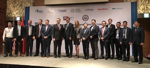 Mỹ muốn hỗ trợ Tập đoàn Điện lực Việt Nam phát triển dự án cảng khí hóa lỏng - ảnh 2