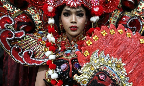 Cuộc sống còn nhiều thách thức của người chuyển giới Thái Lan - ảnh 3