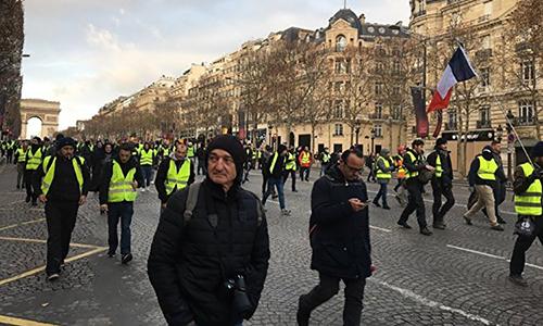 Nhiều nước khuyến cáo công dân không tới Pháp vào cuối tuần - ảnh 1