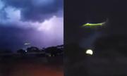 Vệt sáng xanh xuất hiện giữa cơn giông ở Australia