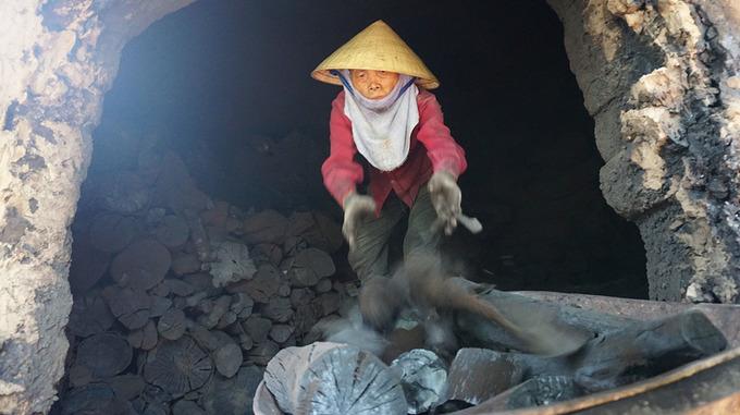 Nghề đốt than ém khí ở xứ Thanh