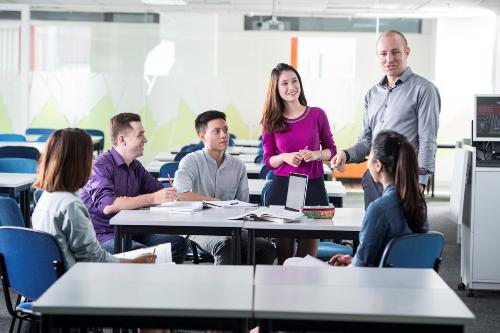 [Vnexpress]Sinh viên mới ra trường cần làm gì để dễ tìm việc