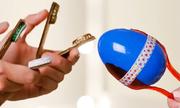 Dạy trẻ sáng chế nhạc cụ đồ chơi từ vật dụng dễ kiếm
