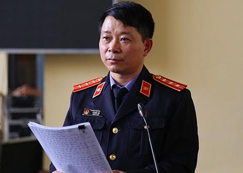 Ông Lộc là kiểm sát chính đại diện VKSN tỉnh Phú Thọ tham gia tố tụng tại phiên tòa. Ảnh: Phạm Dự
