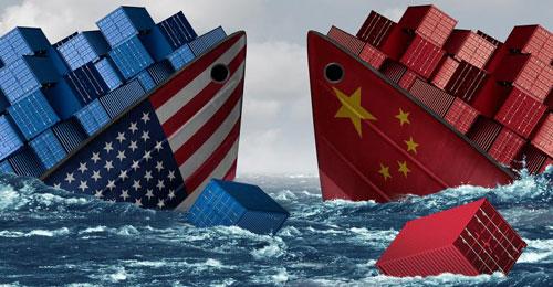 Chiến tranh thương mại Mỹ - Trung được dự đoán sẽ gây ảnh hưởng tiêu cực đến kinh tế toàn cầu. Ảnh: CNN.